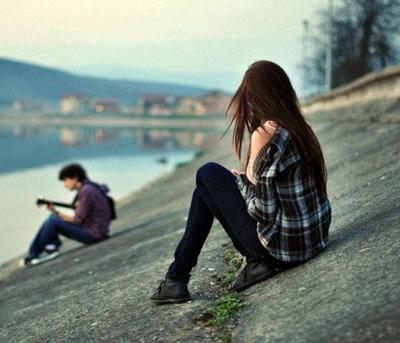 تنهایی ام را با تو قسمت می کنم سهم کمی نیست